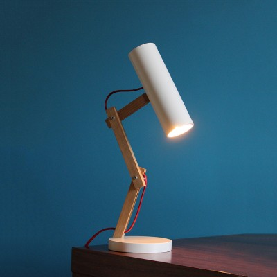 seal desk lamp with tag